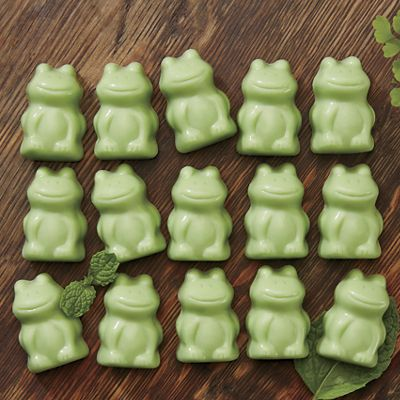 Fudge-Filled Mint Frogs
