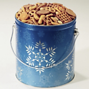 Holiday Crunch Gift Tin