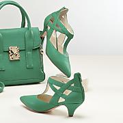 Esmeralda Shoe