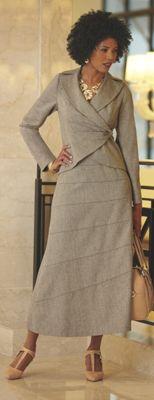 Valensia Skirt Suit