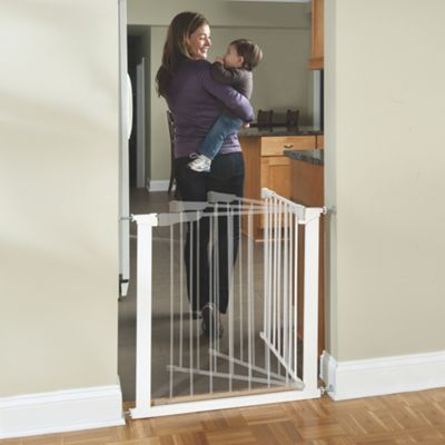 Auto Close Metal Baby Gate