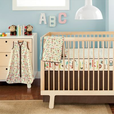 Skip Hop Complete Sheet 4-Piece Crib Bedding Set
