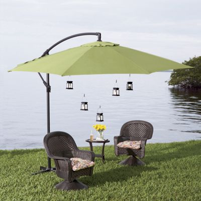 Offset Patio Umbrella & Lights