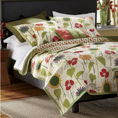 Sunny Garden Oversized Quilt, Sham and Decorative Pillows