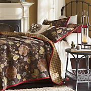 Jessie Oversized Reversible Quilt, Sham and Decorative Pillows