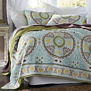 Samara Oversized Reversible Quilt and Sham