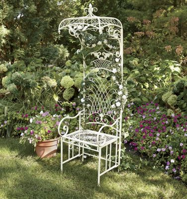 Trellised Outdoor Garden Seat
