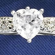 Ring White Topaz Heart