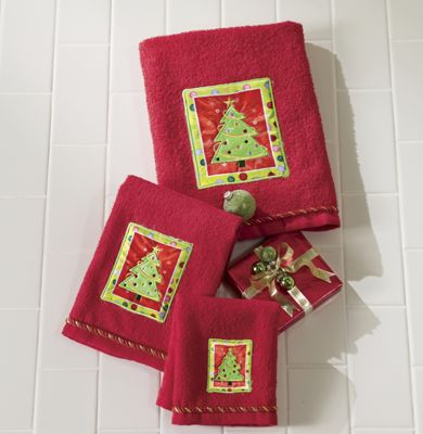 Bright Holiday Tree 3-Piece Towel Set