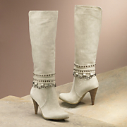Monroe & Main Studs and Chain Boot