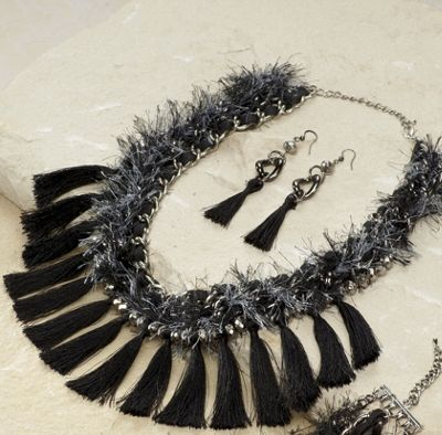 Threaded Chain Necklace/Earrings Set