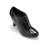 Monroe & Main Crock Tip Shoe