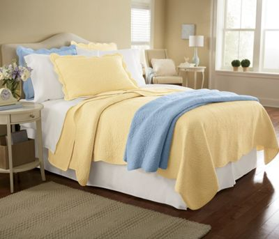 Tranquility Scalloped Quilt and Sham