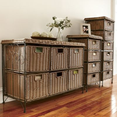 4-Drawer Wicker Taboret