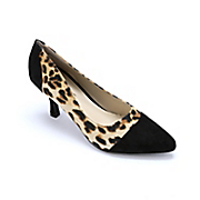 animal print pump by classique
