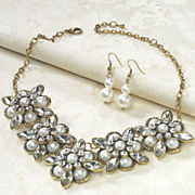 faux pearl necklace earring set 7