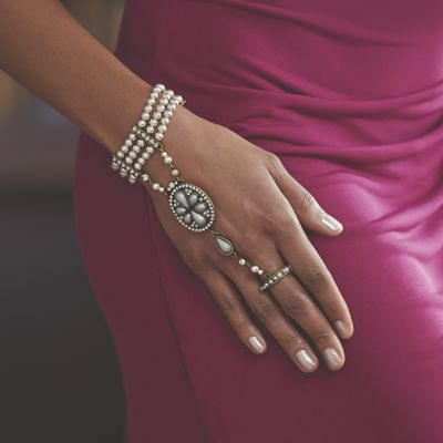 Faux Pearl/Crystal Hand Jewelry