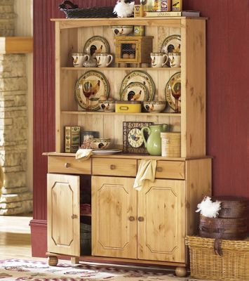 Grand Impressions Display Hutch and Sideboard