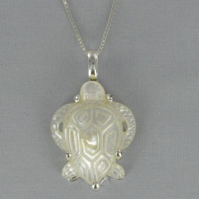 Mother-of-Pearl Turtle Pendant