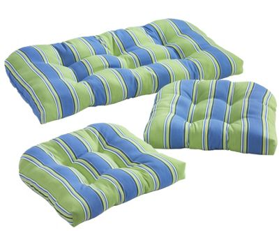 3-Piece Wicker Cushion Set