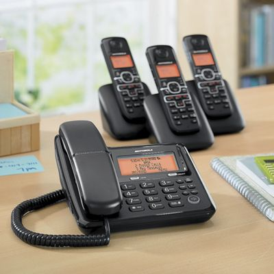Motorola Corded Phone with 3 Cordless Handsets