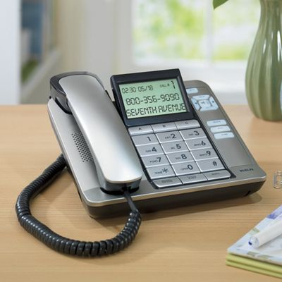 Corded Desktop Phone by RCA