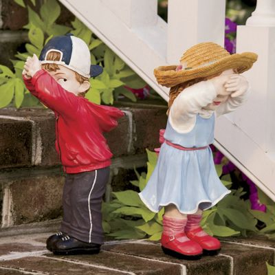 Set of 2 No Peeking Lawn Decorations