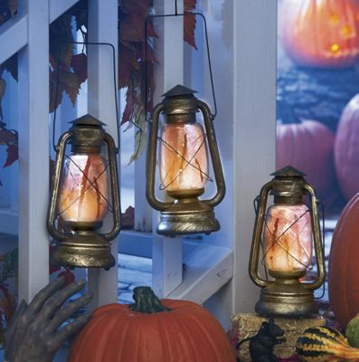 3-Piece Lighted Bloody Lantern Set