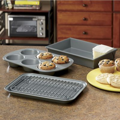 4-Piece Nonstick Toaster Oven Set by Chicago Metallic