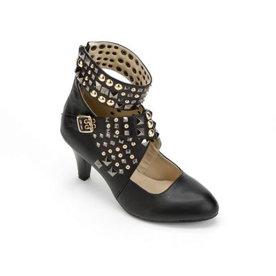 Studded Buckle Shootie by Monroe & Main