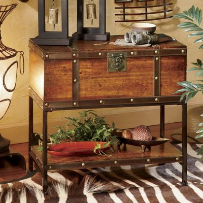 Britannic Trunk Table