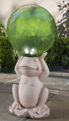 Edward Frog With Solar Gazing Ball