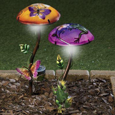 Painted Glass Shade Solar Mushroom