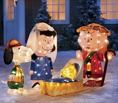Lighted peanuts nativity scene from seventh avenue 704419 for Baby jesus lawn decoration