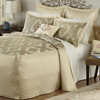 Anastasia 3-Piece Bedding Set, Accessories and Window Treatments