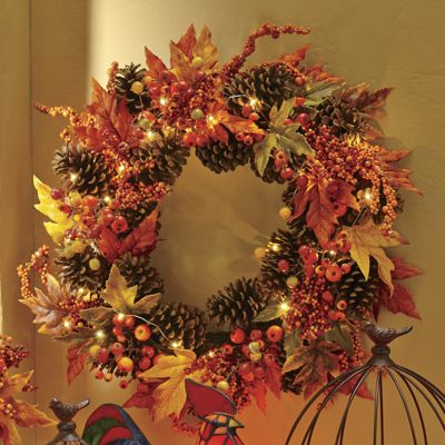 Lighted Maple Leaf Wreath From Montgomery Ward 706858