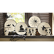 4 pc halloween plate set