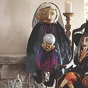 donka gypsy figurine