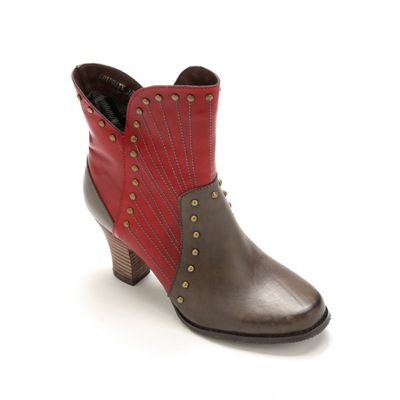 Quiditty Bootie by Spring Footwear