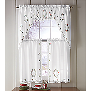 wintergreen wreath window treatments