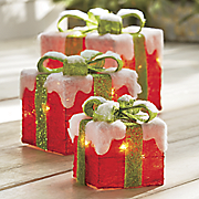 set of 3 lit gift boxes 2