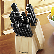 17-Piece Farberware Cutlery Set