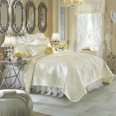 Bouquet Satin Coverlet