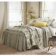Ruffled Bedspread and Shams