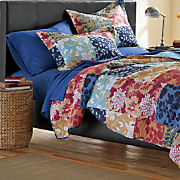 layla oversized quilt and sham