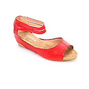 classique scalloped edge wedge