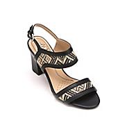 luna sandal by lifestride