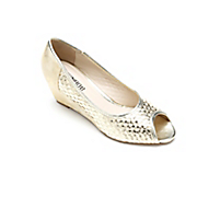 basket weave wedge by monroe and main