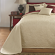 gardenia quilted bedspread