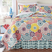 sadie quilt  bedskirt and sham